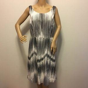 *SALE* Sz 12 Knee Length Dress Sleeveless